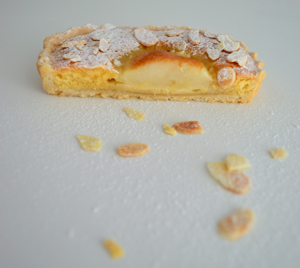 Pear tart cut